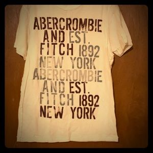 Men's Abercrombie & Fitch tee shirt
